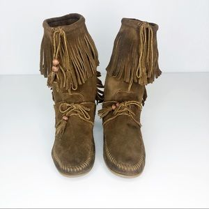 Minnetonka Moccasins Brown Suede Fringe Boots